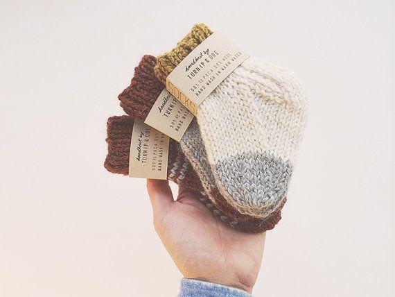 Moutarde et gris Handknit Baby chaussettes, alpaga et chaussettes de laine, tricots pour bébé