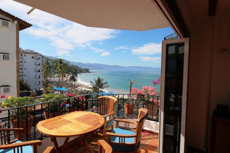 La Palapa Condominium 505 -- Romantic Zone, downtown Puerto Vallarta #LuxuryTravel www.lujure.ca