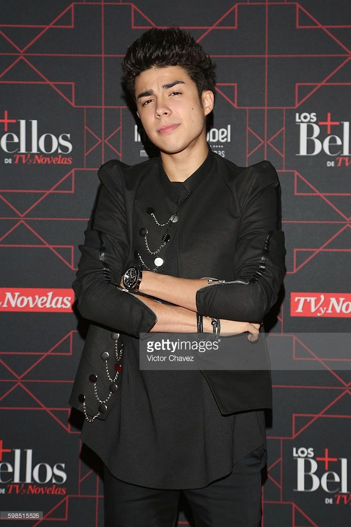 Mario Bautista attend Los + Bellos de TvYNovelas 2016 at Bosque de Chapultepec on August 31, 2016 in Mexico City, Mexico.