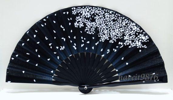 hand fan folding fan Fabric Japanese Sakura por HaveItFancyWorld