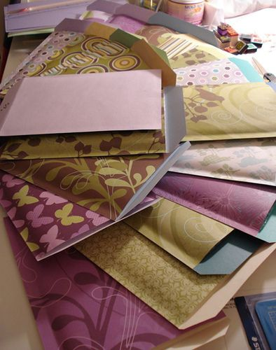 Bubble Mailers by shoplet  DIY bubble mailers!  I know I can't wait to toss some together!