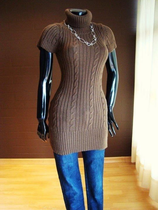 **30% RABATT**Femenin genser laget i alpakka blanding.