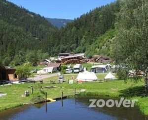 Mountain Camp Pitztal**** - vijver en restaurant