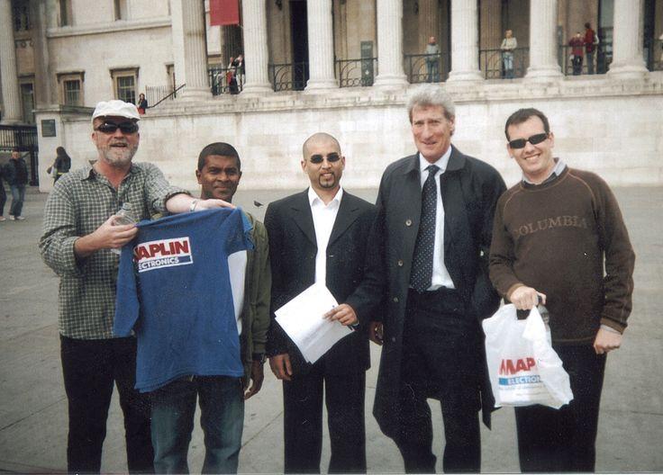 Jeremy Paxman among a group of avid Maplin'eers!