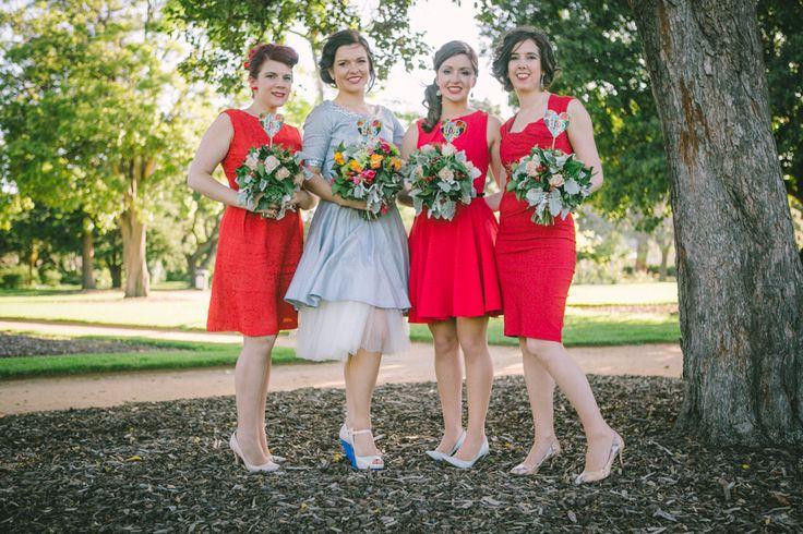 love the red tones - photo @linsezwei #realwedding #australiawedding #australia #hochzeit #blue #red #petticoat #vintage #wedding #destinationweddingphoto