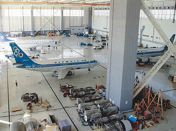 Olympic Airways maintenance hangar: a Boeing 737-200/Adv and a pair of 737-400s