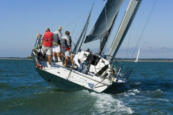 How To Tack And Jibe A Sailboat A Beginners Guide Yacht Racing Sailing