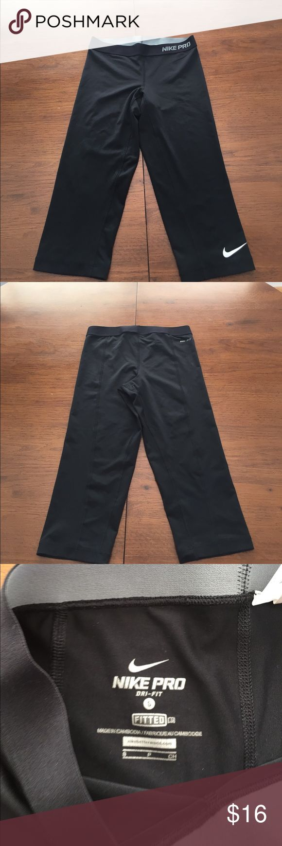 Nike Pro Combat Capris Nike Pro Combat Capris Pants . Fitted . Great for your active life. In good condition. No holes, tears, or stains Nike Pants Capris