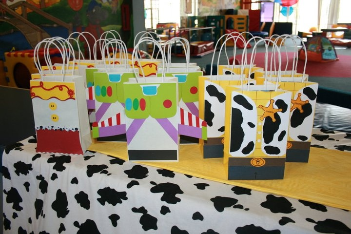 DIY Toy Story favor bags.
