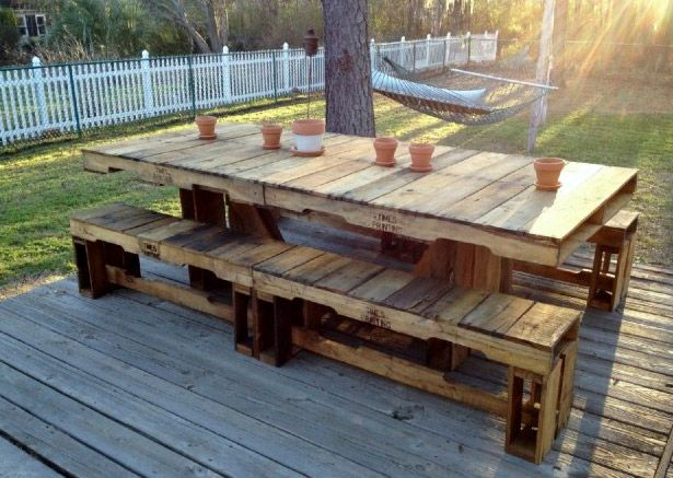 Upcycled garden picnic table, made from palettes. #upcycled #garden #palettes #furniture