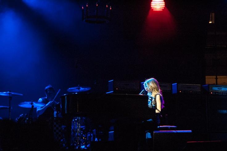 Avril Lavigne at the piano