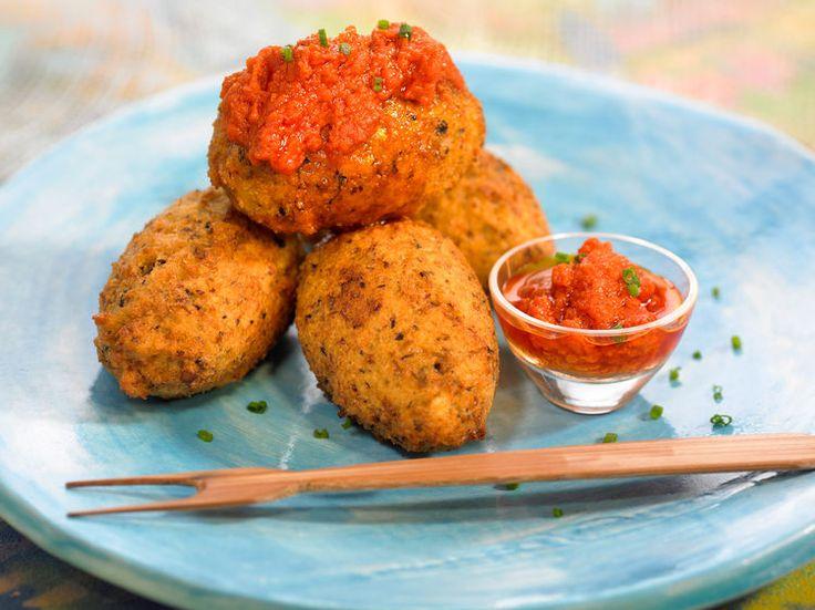 Découvrez la recette Acras aux crevettes sur cuisineactuelle.fr.