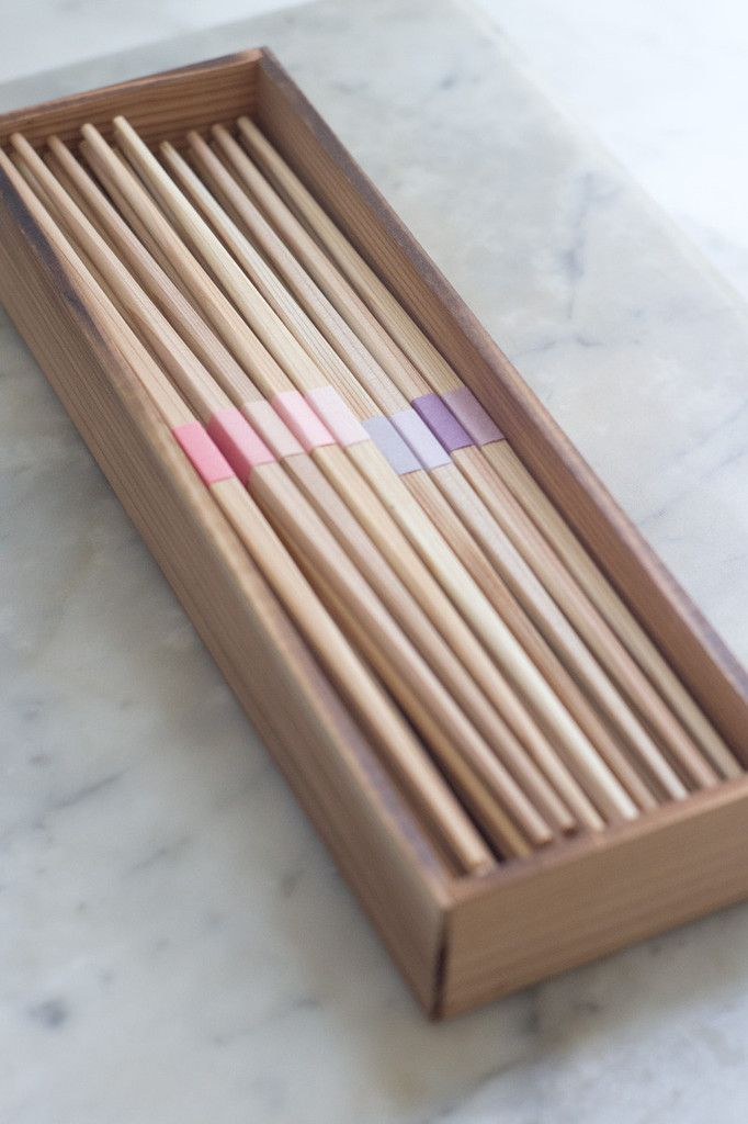 Young Cedar Chopsticks | QUITOKEETO