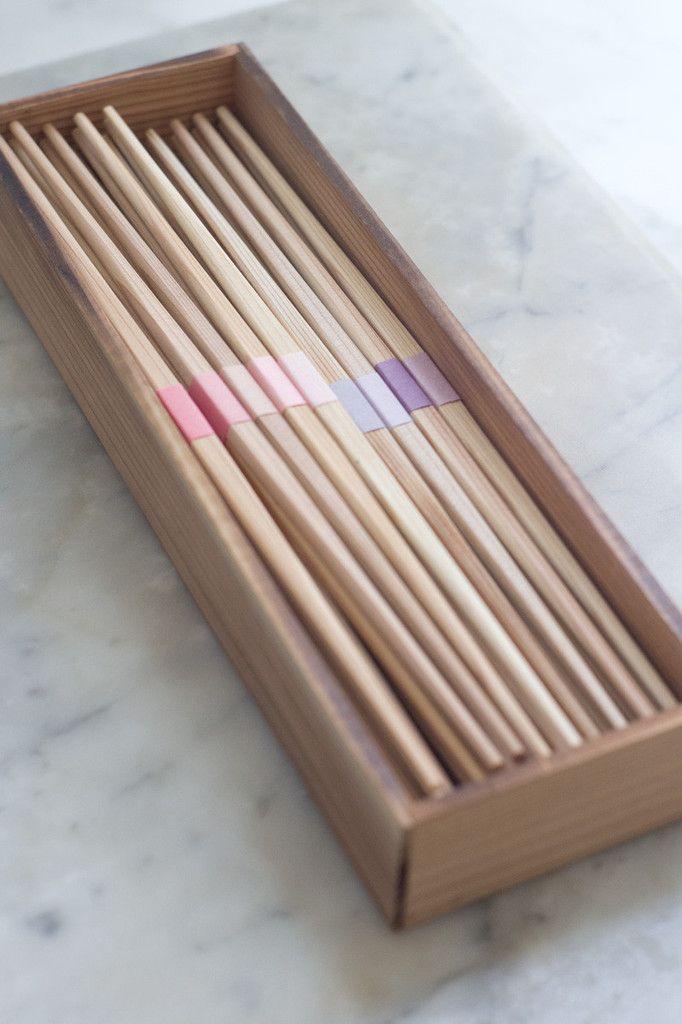Young Cedar Chopsticks | QUITOKEETO