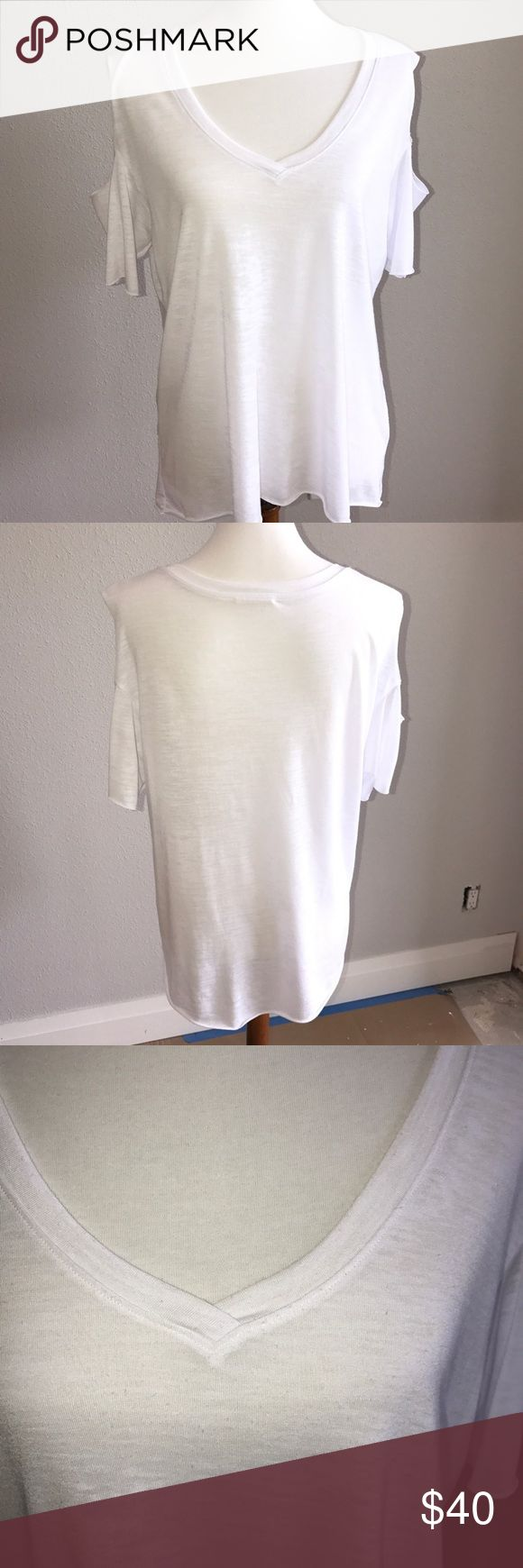 "NATION LTD. Cold Shoulder burnout top in white NATION LTD. Woman's Burnout Cold Shoulder Pullover Top. Slight burnout/slubbing of fabric. Light weight. NATION brand made in the 🇺🇸.20"" Armpit to Armpit. Length 24"". In very good condition. White Nation LTD Tops Tees - Short Sleeve"
