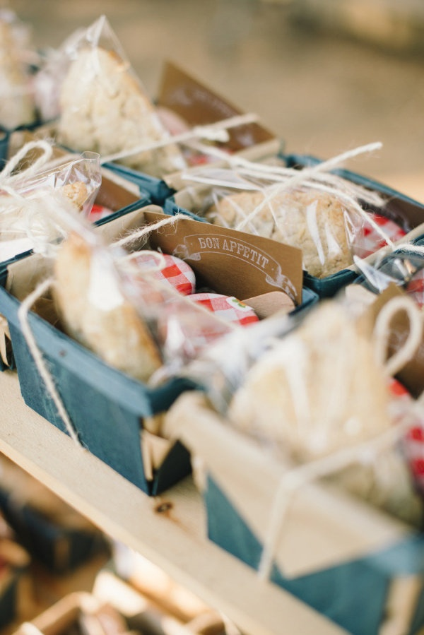 yummy wedding favors made up of scones and jam  Photography By / delbarrmoradi.com, Planning By / soireebysimone.com