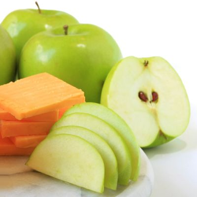 5 Healthy Snacks for People With (or Without!) Diabetes