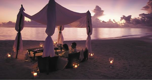 VERY intimate dinner- Conrad Maldives