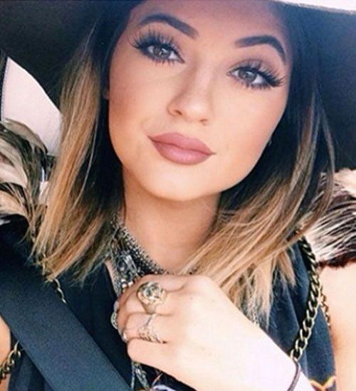 Gençler arasında yeni akım Kylie Jenner dudakları