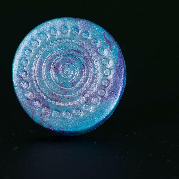 Chueca Ring from Zayah