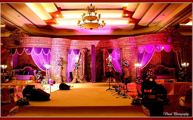 17 best images about wedding stage designs on pinterest for Arab wedding stage decoration