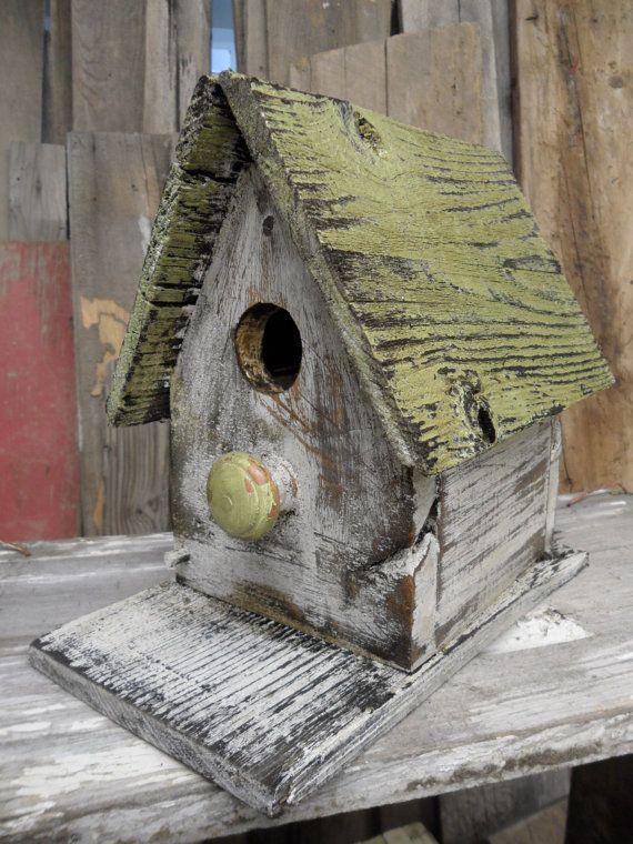 Rustic barnwood birdhouse using my distressing by LynxCreekDesigns