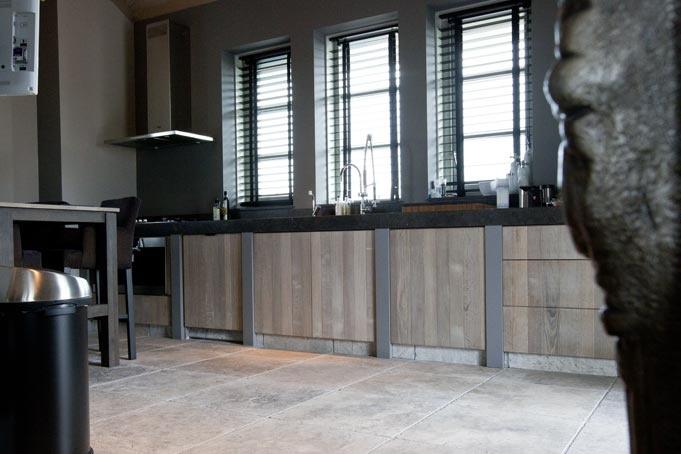 Krijtbord Achterwand Keuken : Prachtige robuuste keuken, gemaakt door Wouter van Inttec Leende! More