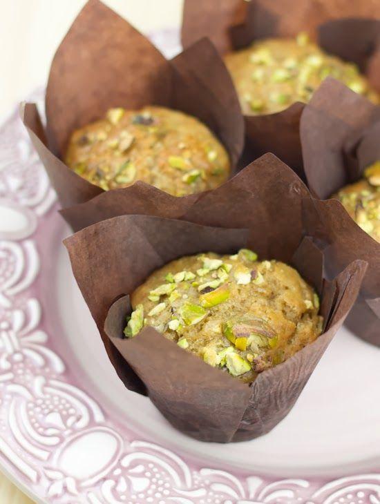 Muffins veganos de yogur, pera y pistacho... ¡¡Y el libro+dvd de Cupcake Maniacs!! - Objetivo: Cupcake Perfecto.