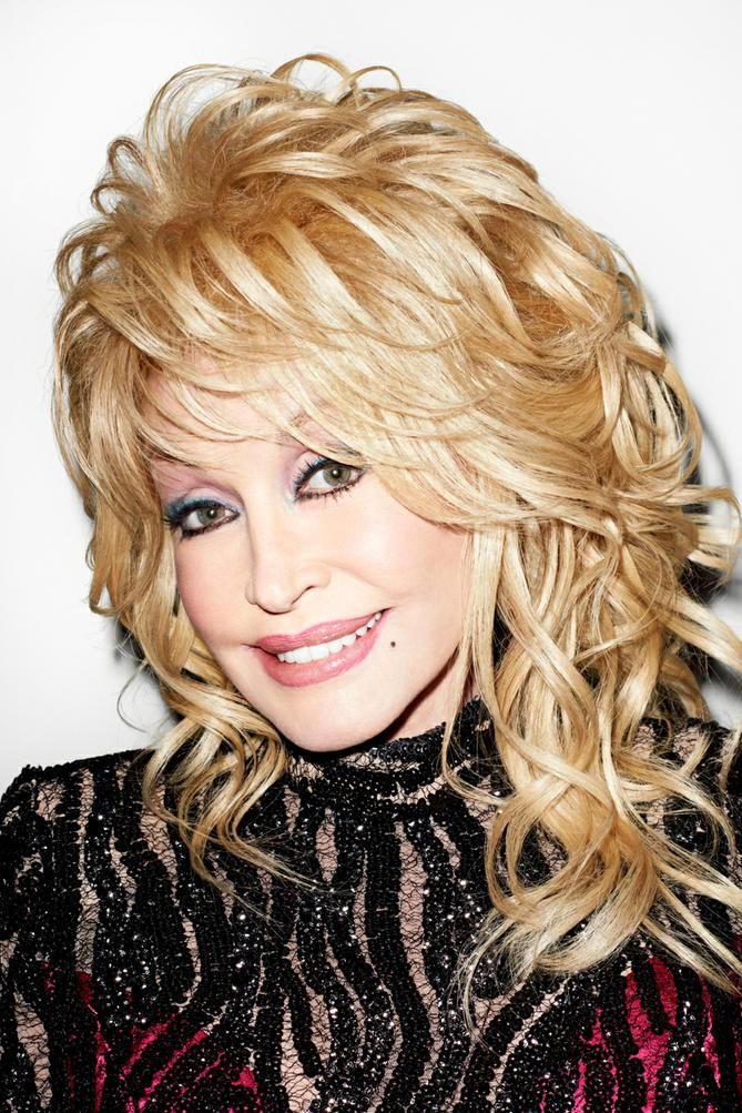 Dolly Parton at my studio.  Check out www.gavelandgrand.com/auction/chandelier to bid on this print tonight, all proceeds going to Dolly Parton's Imagination Library, which promotes early childhood literacy. Thank you to Chandelier Creative for organizing such a great event for a great cause!