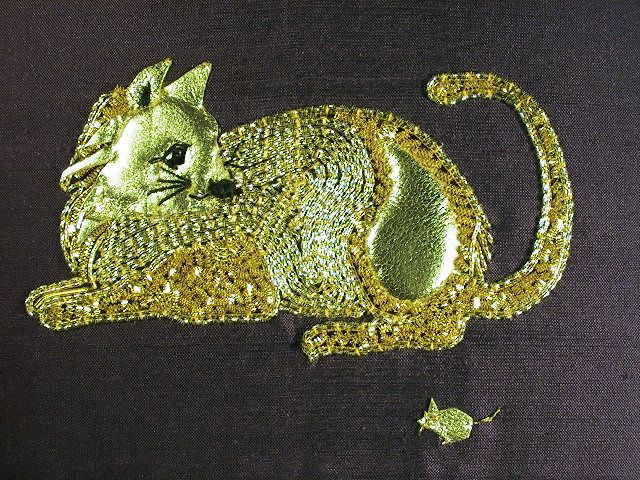 Cat Goldwork Embroidery Kit   http://www.golden-hinde.co.uk/Gold-Items/344/cat-goldwork-embroidery-kit---for-a-starter.html#