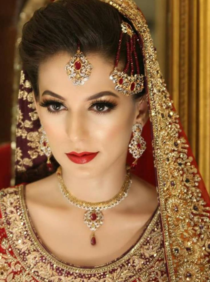 Everything is on the spot!!!! Pakistani bridal makeup