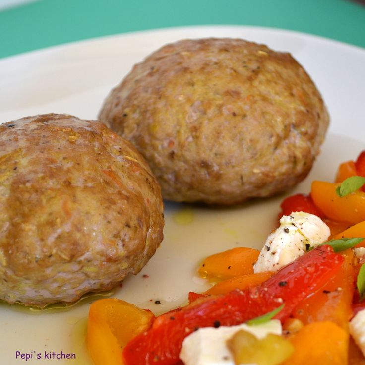 Pepi's kitchen: Μπιφτέκια με βρώμη, κάρυ, κουρκουμά κ.λ.π.,κ.λ.π.......