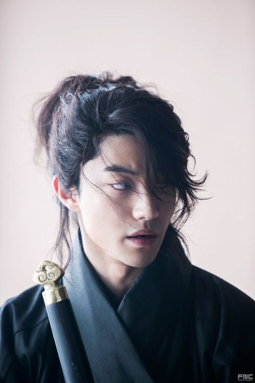 """Kwak Dong Yeon, """"Moonlight Drawn by Clouds"""" (or """"Love in the Moonlight"""")"""