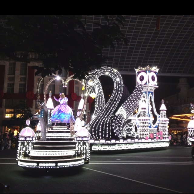 Universal Studio in Osaka - night parade