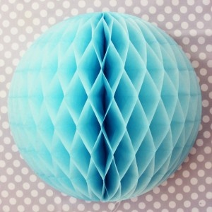 honeycomb tissue poufs