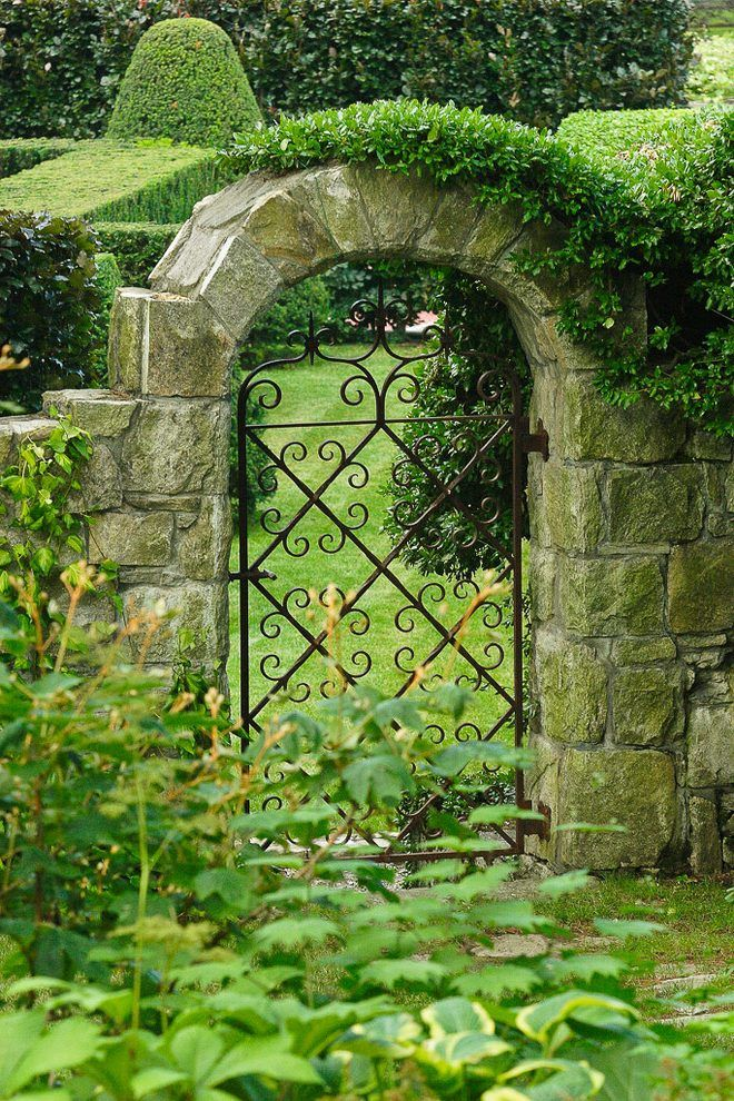 8 Essential Elements For Planning A Cottage Garden Fences And