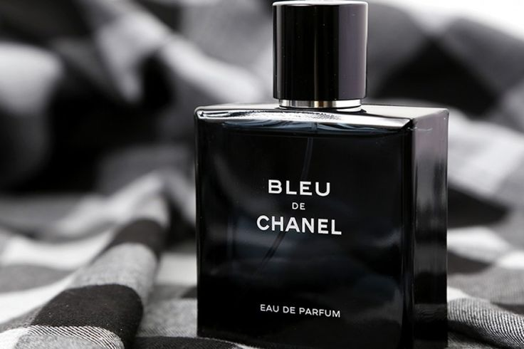 CHANEL BLEU 50ML (F1 Singapore) - Móng tay - phụ nữ xinh đẹp, cá tính