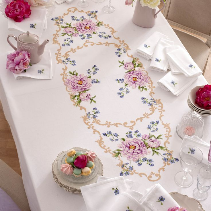Patterns for cross stitch tablecloth - Charts and drawings - Manidifata.it