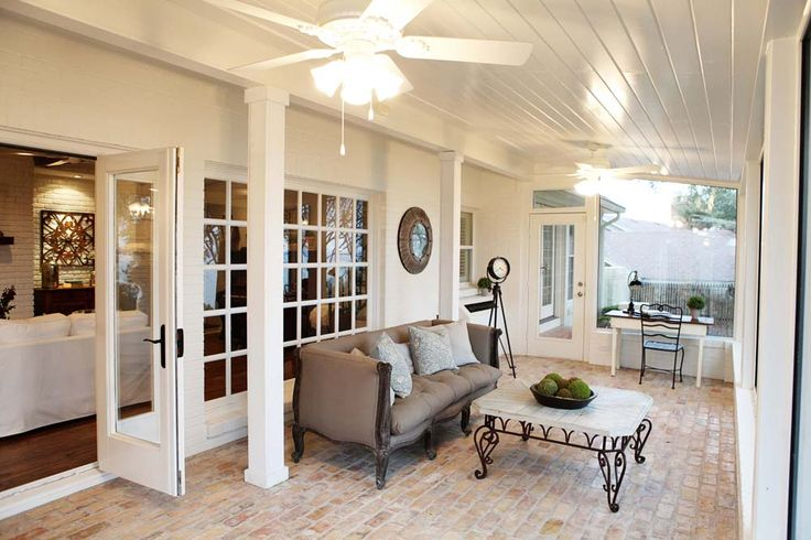 LOVE LOVE LOVE the brick floor!!! LOVE this screened in porch!! Fixer-Uppers on HGTV with Chip & Joanna Gaines; the mt. rockwood story, episode 4