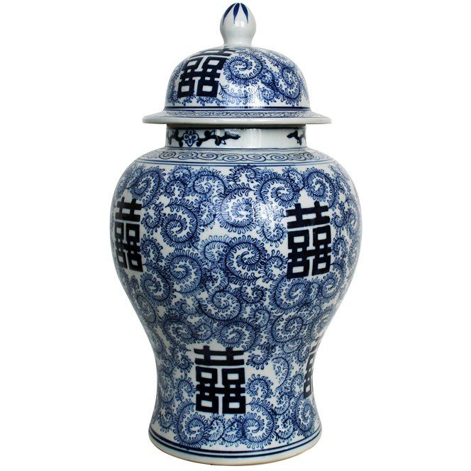 Blå och vit kinesisk urna. Blue and white ginger jar.  www.longcoastliving.se