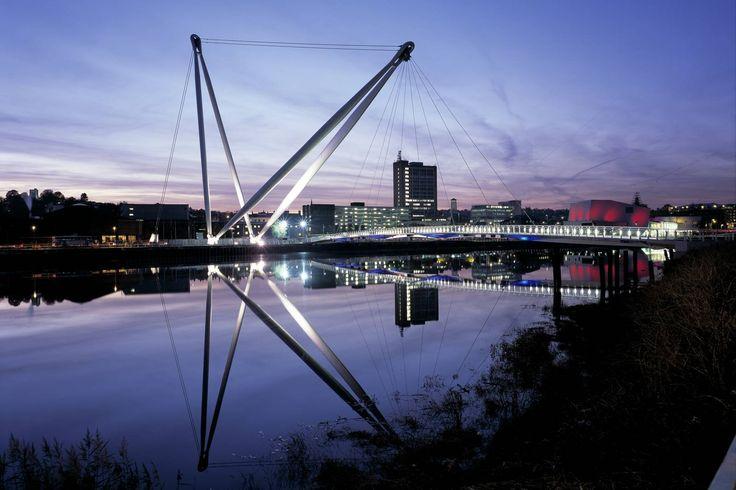 Newport City Footbridge < Projects   Grimshaw Architects