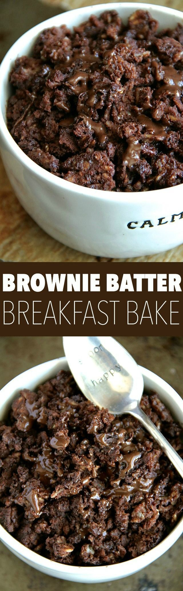 Brownie Batter Breakfast Bake -- Enjoy the rich chocolatey taste of brownies in a bowl that's healthy enough to eat for breakfast!    http://runningwithspoons.com #breakfast #vegan #chocolate