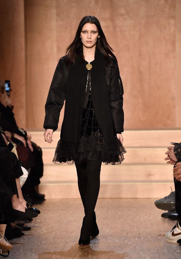 Брэдли Купер поддержал Ирину Шейк на показе Givenchy - Life
