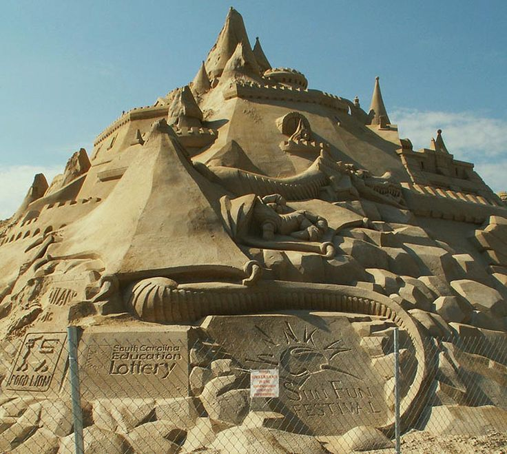 Best Sand Castles Images On Pinterest Castles Sands And Sand - This towering sand sculpture just broke the world record for the tallest ever sandcastle