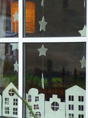 papieren huisjes voor t raam