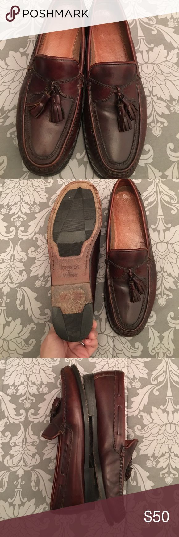 Men's Johnson and Murphy leather loafers 👞 Worn but in great shape very classic dark brown cherry wine In color Johnston & Murphy Shoes Loafers & Slip-Ons
