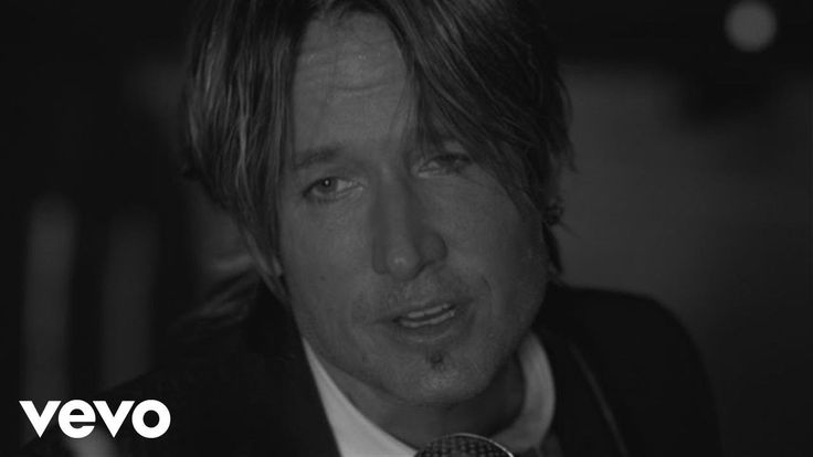 New song and video for Keith Urban - Blue Ain't Your Color #Keithurban #music