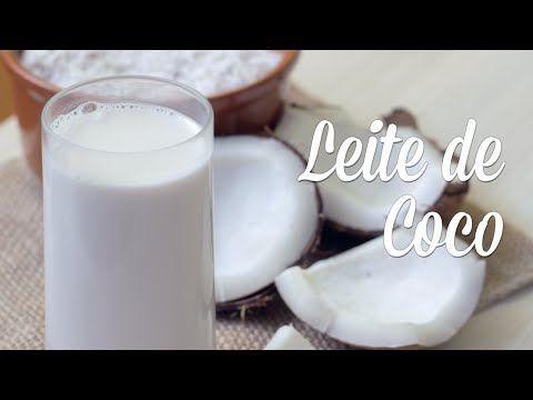 Leite de Coco Caseiro: como fazer? | 1 coco seco (250g polpa) = rende +/- 600ml de leite e 50g de farinha de coco | #leitedecoco #farinhadecoco #leitevegetal