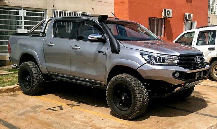 Rhino 4×4 | Toyota Hilux 2016 Front Evolution 3D Bumper