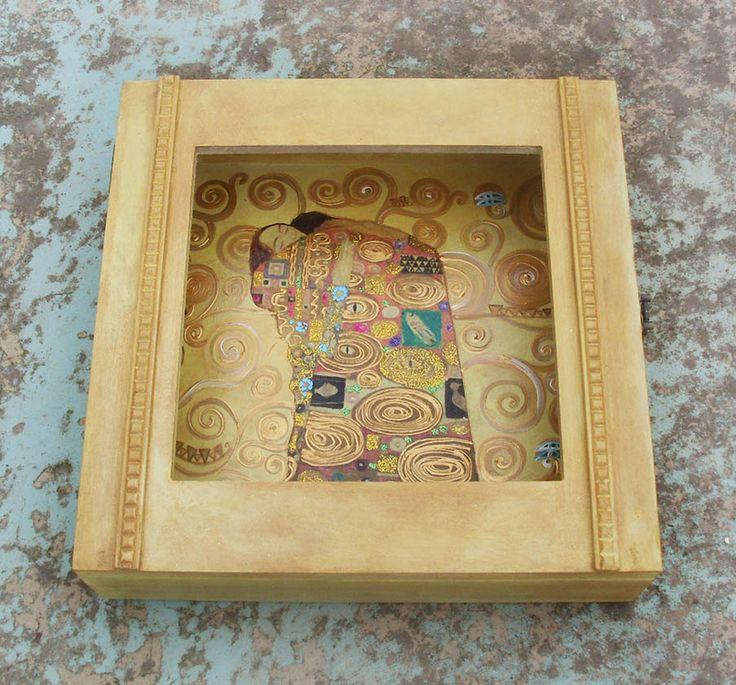 DISPLAY BOX - Wedding Crown Display Box - Stefanothiki - Hug by allabouthandicraft on Etsy